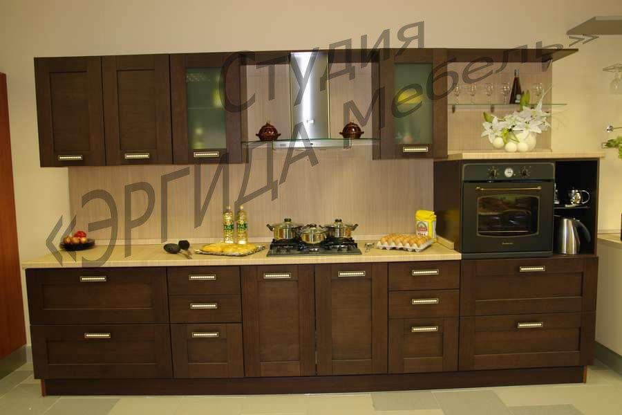 Кухонный гарнитур с итальянскими фасадами из массива