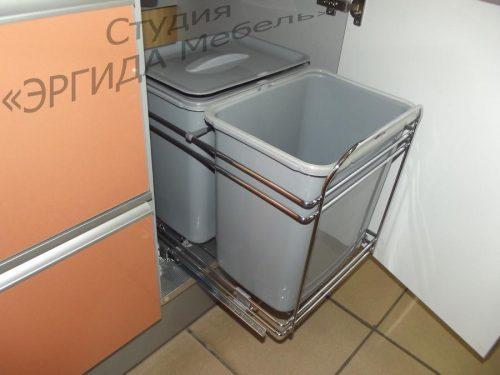 Выдвижная мусорная корзина с 2-мя ведрами