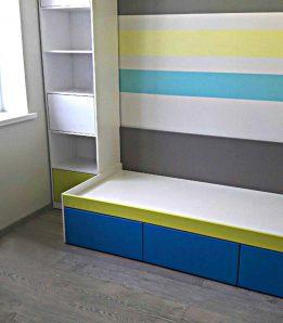 Кровать с выкатными ящиками с фасадами МДФ