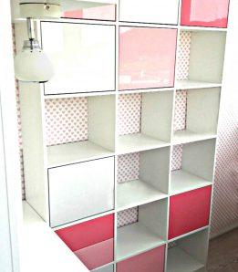 Мебель в детскую с распашными дверками и выкатными ящиками