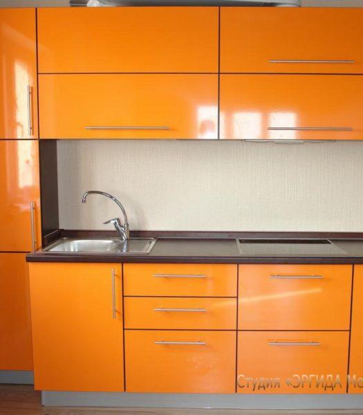 Фасад - оранжевый пластик