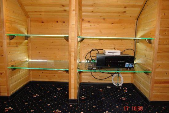 Полки под аппаратуру со светодиодной подсветкой