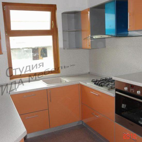 П-образная кухня Апельсин