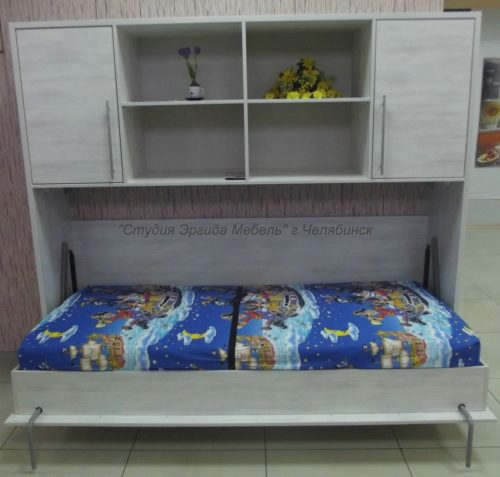 Горизонтальная кровать с механизмом трансформации