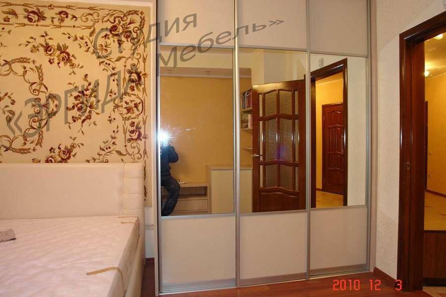 Шкаф-купе с зеркалами и вставками из акрила - эргида мебель .